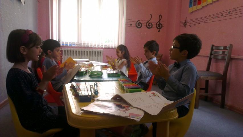 کلاس موسیقی کودکان - آموزشگاه موسیقی پارت