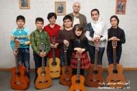 کنسرت هنرجویان گیتار آقای دکتر پاکباز 24 اسفند 1392
