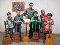 کنسرت هنرجویان گیتار کلاس آقای دکتر پاکباز