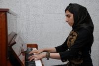 مونا عبدی